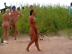 Naken strand lek