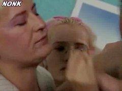 Atrapados madre hija follando con novio