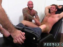 Jalka kuvat homo Hentai ja russian twinkit jalkansa Connorin Maguir