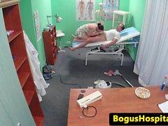 ofisinde eurobabe temizleme Doktor sikikleri