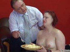 Services domestiques ménage humiliations et à la domination de la Isabelle