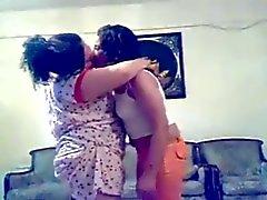 Arab Iraqi lesbo Dance