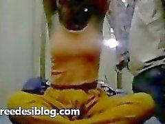 Desi indischen Paar Fick in Haus voll versteckte Kamera Sexual