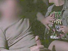 Tonåring får rumpa av i munnen på fake taxi