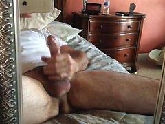 LongDucDong В одиночку мастурбирует