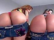 Sandra e a Rianna tocca con nella vasca idromassaggio