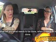 Gefälschte Driving School Sexy Riemen auf Spaß für neuen großen Titten Fahrer