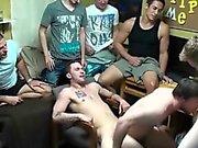 Rapazes alegre Colégio Sugando Dick And Fucked Em do dormitório Partido