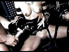Kinky gotic babe with amazing boobs enjoys double penetration