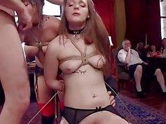 Unschuldiges Mädchen Drehte Anal BDSM Hure