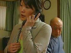 Japanse MILF heeft gekke seks gratis jav
