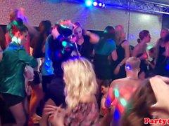 amateur di partito dell'euro fottuto on dancefloor