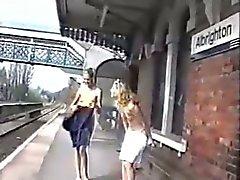 Sally Shakespeare met Lauren op Albrighton Station