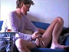 Amateur Wife Knows How To Wank Hubby !