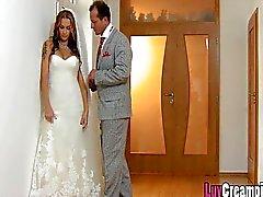 Сексуальная грудастых невесту найдете последнюю бросать