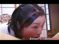 Utangaç Çin Kolaj Kız