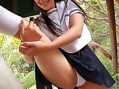 softcore Asiatische Schülerin Höschen Rock geschaut hänseln