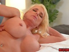 big tits milf ass fuck and cumshot feature