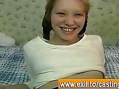 Порно кастинг Интервью с Блондинка Милашки