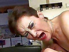 Frecher granny fucking mit Junge