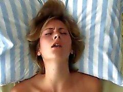 In coppia teen pussy Pleasure - Orgasmo Salone Virtuale della tre