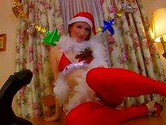 Rousse a des relations sexuelles avec le père Noël et le renne