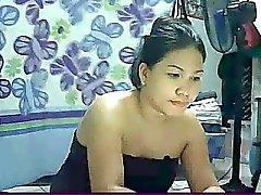 ramona hett filippinsk mor