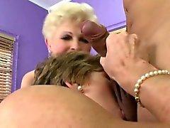 60 Plus Lesbe der Oma MILFS