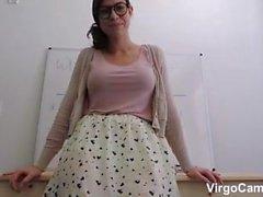 Große Brüste Lehrer mit großen Esel sich in anal ficken. Upskirt