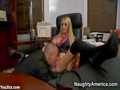 Güzel Bossy Ofis Kaltak Nikki Benz - Bölüm 1