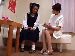 Adolescente asiático é a professora quente Ai Uehara em POV amador