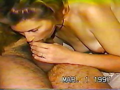 Juan disfrutando las mamadas de mi esposa ...