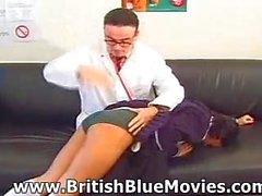 Britische Spanking - Andrea Nadia Spinks