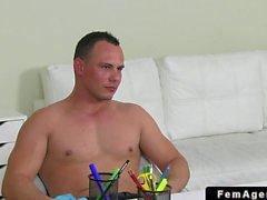 Erkek ajanı piçler amateur ahbap kas yapısı