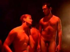 Naked Boys sjunga