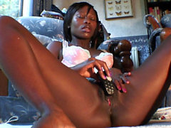African Girl Vibes Her Clit to Real Pussy Twitching Climax