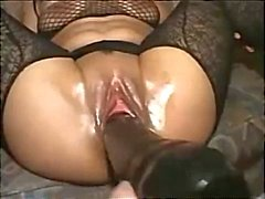 Extreme Toying & Fisting Hot Brunette