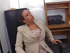 Hot Busty Sekreterare Alisandra Monroe Banged i Office