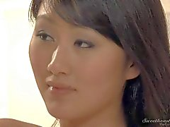 Chinese girl Evelyn Lynn gets seduced by blonde in lingerie