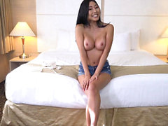 TeensDoPorn - Busty Asian Chick knullas hårt