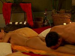 Erotik tantra Tantra massage