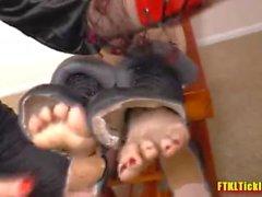 Extreme Füße kitzeln Folter