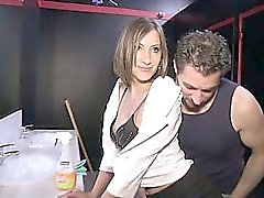 De wendy un agradable culo morena jodido a un club con swingers