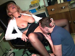 German mateur mature mom fucks in office