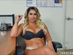 Curvy big tits lady Nina Kayy giving handjob