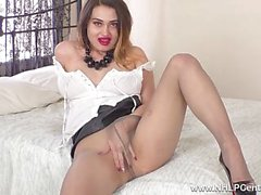 Sexy brunette big tits babe Gabrielle Knight has some ripped nylon pantyhose pussy play