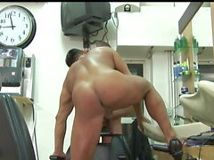renzo18cm - video 001 - gay porno!