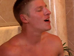 Hot gay oral sex and cumshot