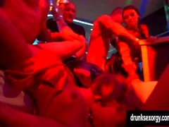 Slutty pornstars fucking in einem club