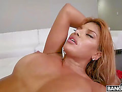 Sexy mother i'd like to fuck mercedes carrera screwed delivery boy
